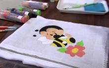 Pintura em Fralda – Abelha Fofinha – Dicas e Vídeo