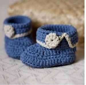 sapatinho-croche-azul-detalhes