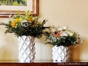 Como Fazer Um Vaso Com Garrafa Pet e Papel – Passo a Passo