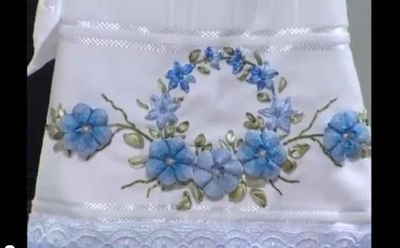 Bordado-flores-sianinha-fita