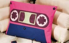 Almofada Fita Cassete Feita com Feltro – Material e Passo a Passo