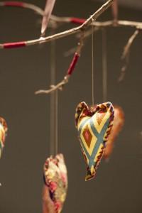 Mobile de Coração Usando Galhos – Como Fazer