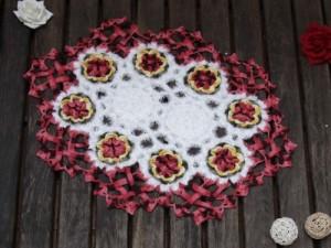 Flor em Pétalas de Crochê Para Início de Tapete de Barbante – Material e Passo a Passo