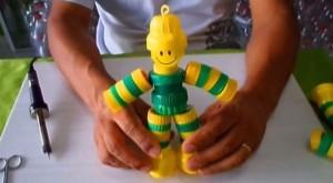 Boneco de Tampas Com Tema Brasil – Passo a Passo