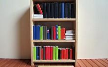 Mini-Estante de Livros Decorativa de Madeira – Como Fazer