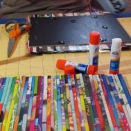 quadro-com-revistas-recicladas-pap-1