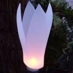 Luminária Feita de Garrafa em Forma de Tulipa – Como Fazer