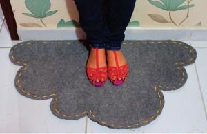 Tapete Feito De Carpete, No Formato De Nuvem – Como Fazer O Passo A Passo