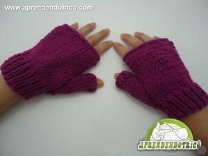 luva-feita-em-tricô-de-lã-sem-dedos