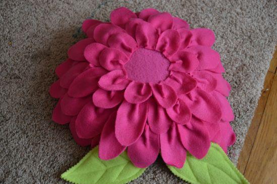 almofada-flor-feita-pétalas4
