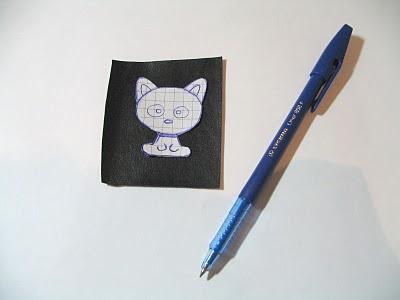 broche-gato-miçanga-passo 1