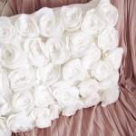 Almofada Com Rosas Feitas de Feltro – Material e Como Fazer