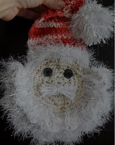 papai-noel-feito-de-croche-1