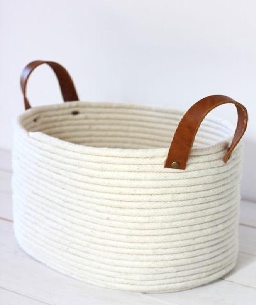 Cesto de cordas oval pronto