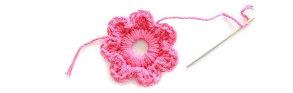 Mini Flores Feitas de Crochê - petalas