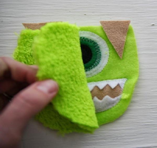 Pantufa  Divertida Para Criança Tecidos costurando