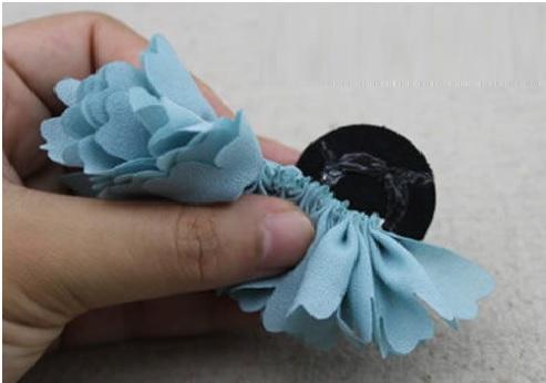 Flor Tecido Com Alinhavo Como colar