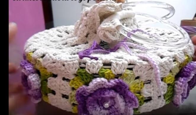 Porta Pratos Flores Em Crochê