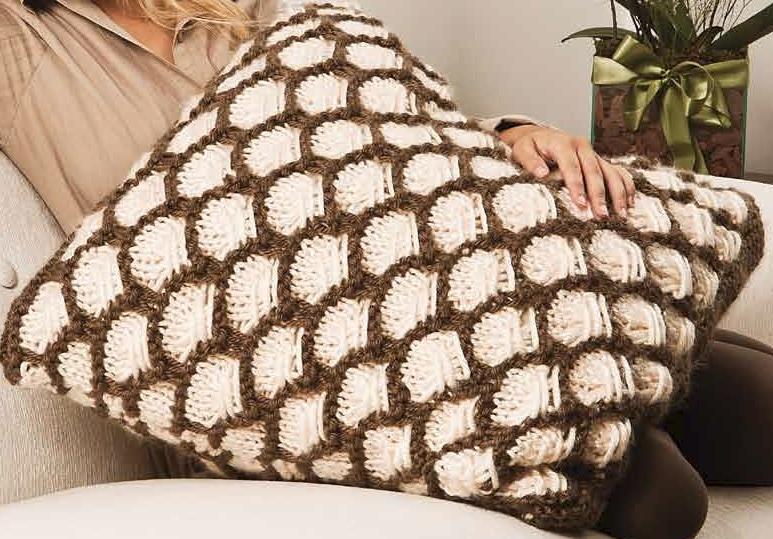 almofadão em trico receita
