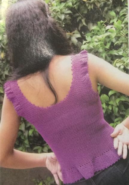 blusa-roxa-simples-material-e-costas
