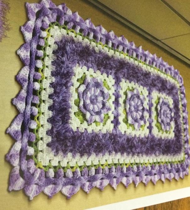 tapete-retangular-floral-croche